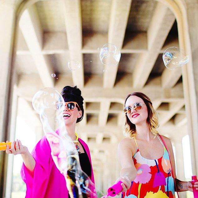 16. A Beautiful Mess: Elsie Larson & Emma Chapman