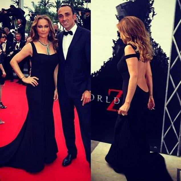"""5. Hülya Avşar, Helin'in tasarımı olan bir elbiseyle geceye katılır; """"Ay beni kıskanıyorlar."""" derdi."""