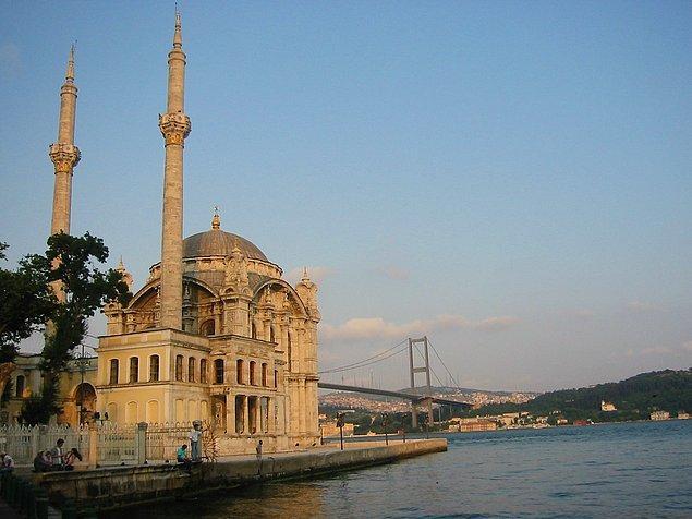 5. Ortaköy Camisi