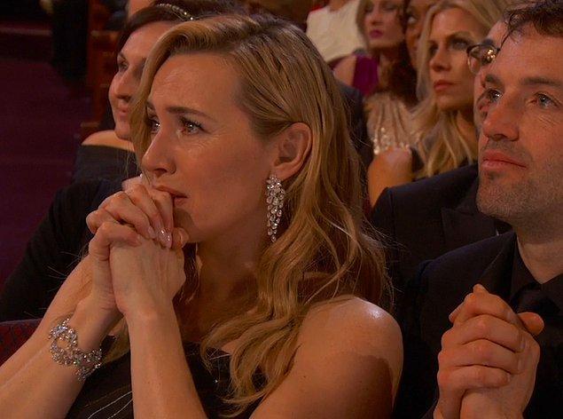 11. Leo ile Titanic'ten beri neredeyse yedikleri içtikleri ayrı gitmeyen Kate Winslet'in şu bakışlarını görmek bile yetti be ❤️
