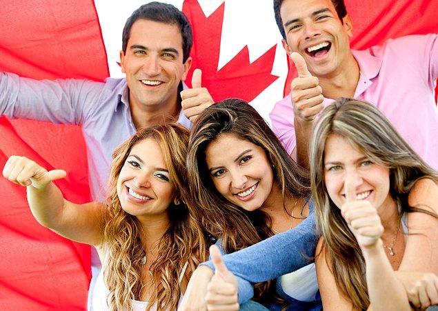 Kanada dünyanın en eğitimli ülkesidir; Vatandaşlarının yarısından fazlası üniversite mezunudur.