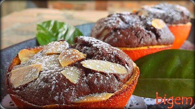 8. Portakal Kabuğunda Çikolatalı Cupcake