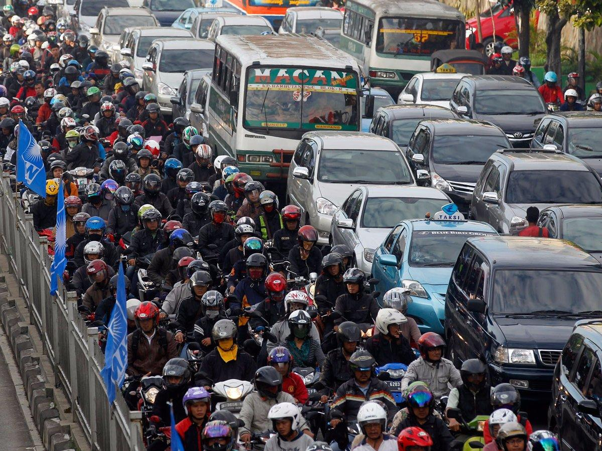 traffic jam in jakarta Jakarta jakarta has been named the city with the worst traffic congestion in the world, according to a new study, while surabaya — indonesia's second-biggest city — has been ranked fourth among 78 international cities and regions.