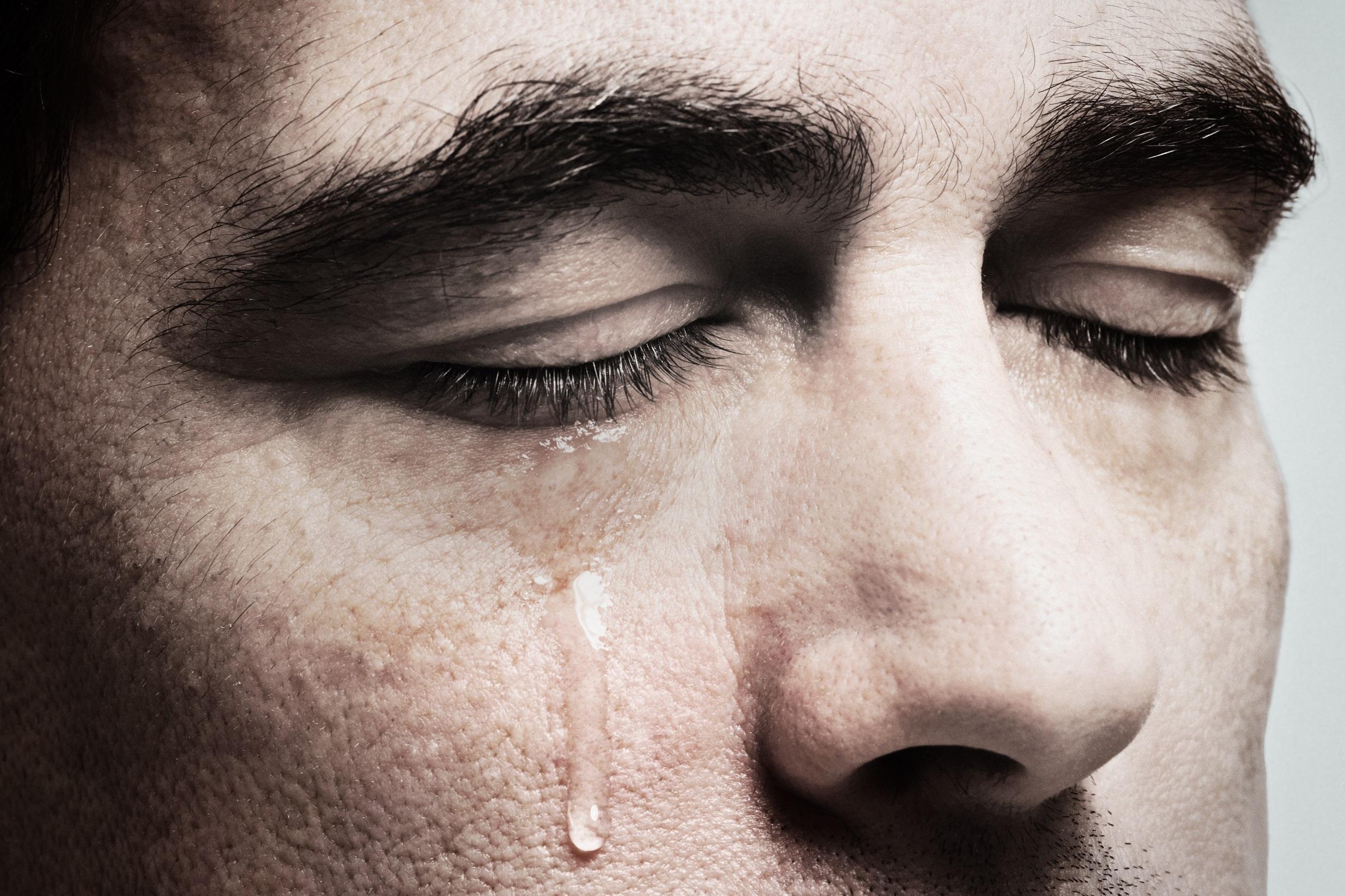 gurbette ağlama ile ilgili görsel sonucu