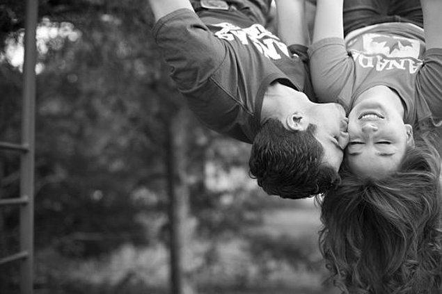 Zıt dünyalar çarpışınca mucizevi bir aşk doğmuş!
