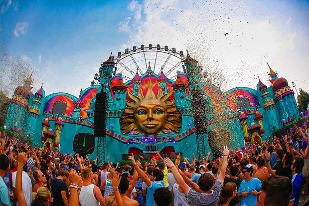 Festivalleri gezebileceğim bir tatil