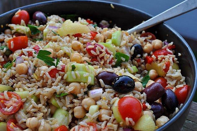5. Pirinci pilav yerine salata yapsak?
