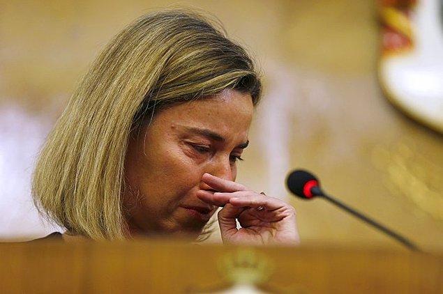 Federica Mogherini gözyaşlarını tutamadı