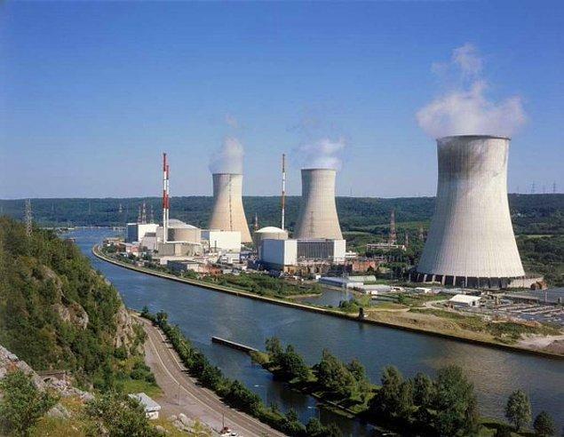 Belçika'da Tihange nükleer santrali boşaltıldı