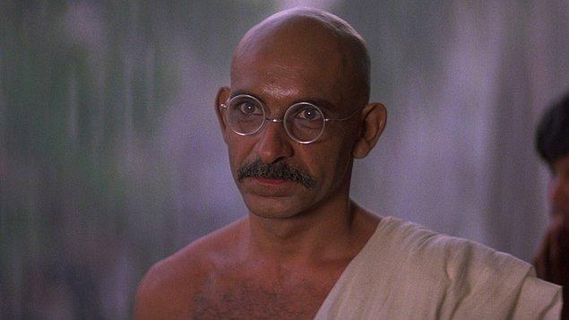 7. Gandhi (1982)