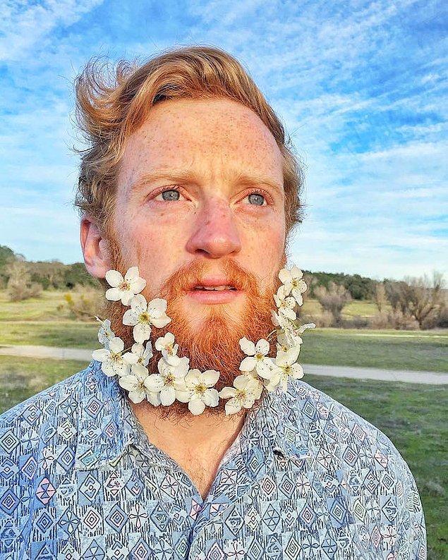 12. Hanımefendilerin bu trende ayak uydurmak için önce sakal bırakıp sakal trendini uygulamaları gerekiyor.