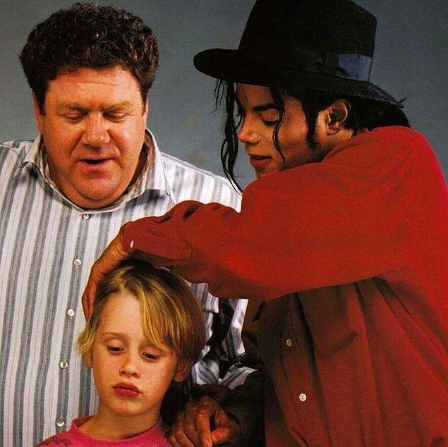 Michael Jackson'ın cenazesine de katılarak eski dostuna karşı son görevini gerçekleştirdi.