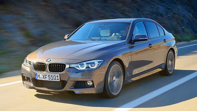 12. Çok net bir soru: D segmentindeki 190 beygirlik BMW 320d motoru 100 kilometrede ortalama kaç litre yakar?
