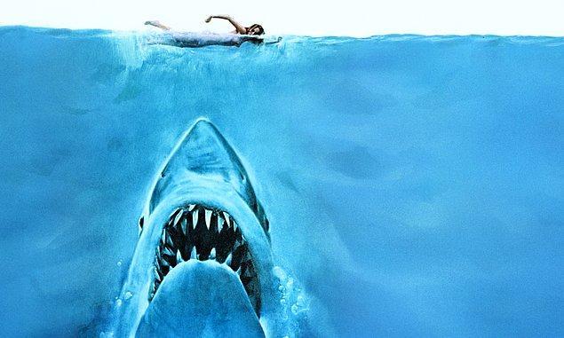 6. Jaws (1975) - Denizin Dişleri