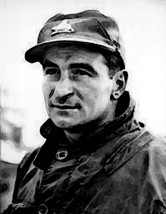 11. Kanadalı asker Léo Major tek kolludur ve bu haliyle II. Dünya Savaşı'nda Hollanda'da 93 Nazi ele geçirmiş, Zwolle kasabasını Almanların elinden tekrar almıştır.
