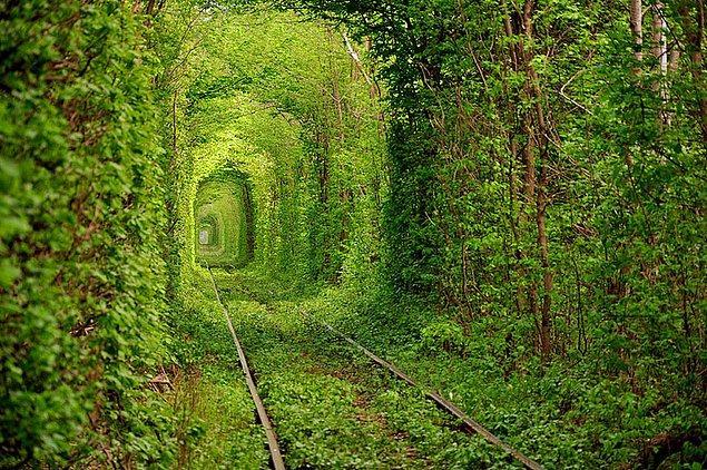 13. Ukrayna'daki Aşk Tüneli.