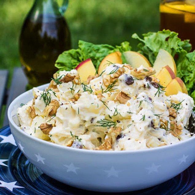 3. Yeşil Elmalı Patates Salatası