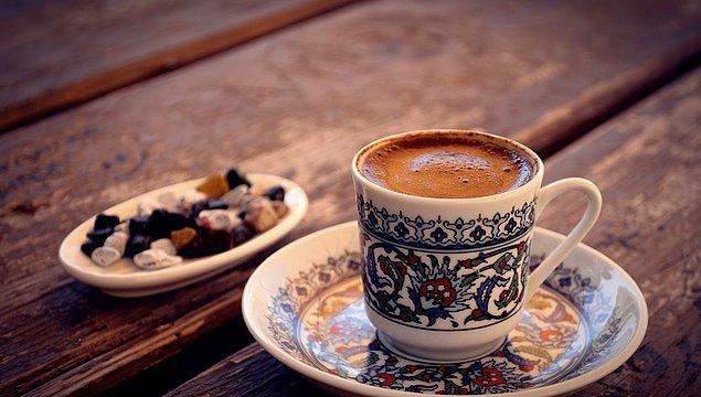 1. Baharatlı Türk Kahvesi
