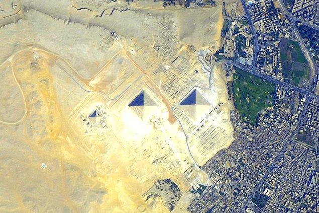 Bir Diğer İddia: Piramitler Uzaydan Görülebilir