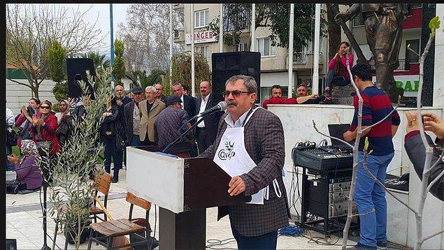 Hikaye bu ya, Mehmet Vergili geçtiğimiz günlerde Aydın'daki zeytin ağaçlarının kesilmesini protesto etmek adına bir eyleme katılır