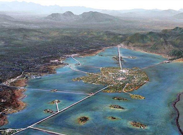 11. Antik Aztek İmparatorluğu'nun başkenti olan Tenochtitlan, 200.000'in üzerindeki nüfusuyla bir zamanlar Amerika'daki en büyük şehirdi.