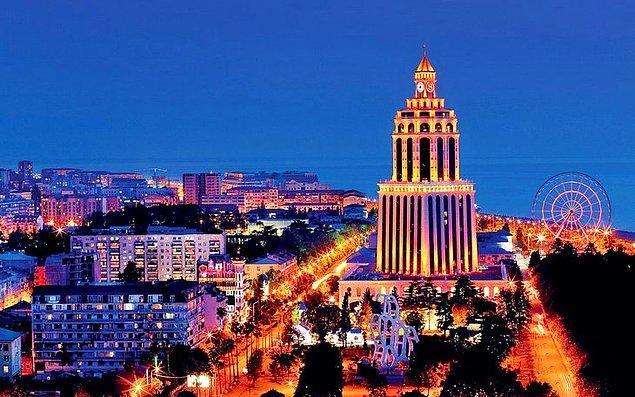 17. Dilediğiniz zaman Batum'a gidip ucuz alkolün ve gece hayatının tadını çıkarabilmek.