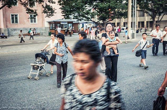13. Kuzey Kore sokakları.