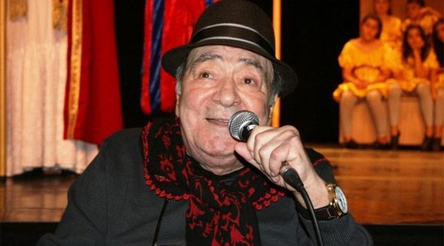 Ustalara Saygı Kuşağı: Türk Tiyatrosunun Birbirinden Değerli 37 Sanatçısı 54