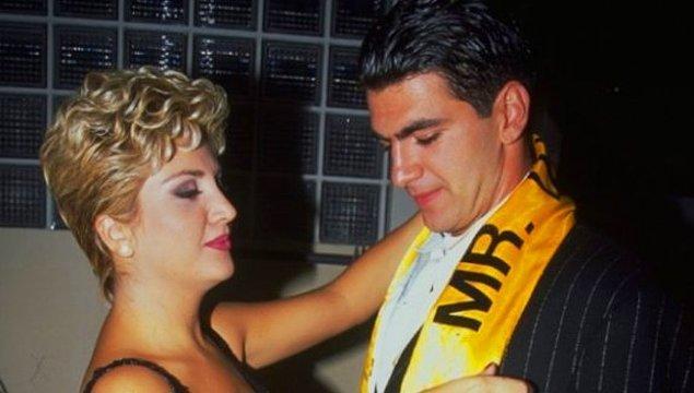 Sibel Can bir dönem eski Türkiye erkek güzeli Karahan Çantay ile ilişki yaşamıştı.