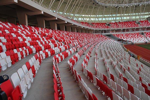 Medicana Sivasspor'un renklerine uygun dizayn edildi