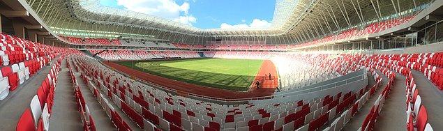Statta maç izlemeye gelenler üşümeyecek, mükemmel bir ısıtma sistemi var, rahatlıkla maçlarını izleyebilecek