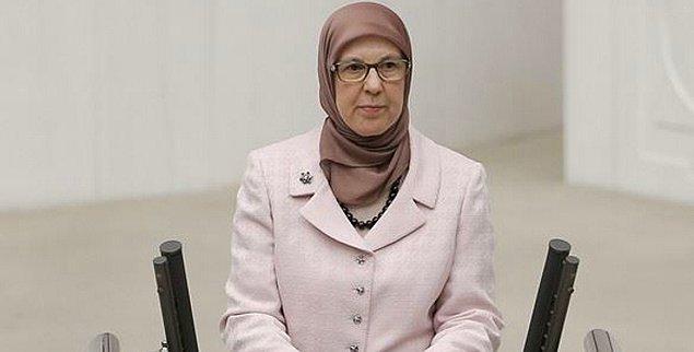 'Bakanı istismara uğrayan çocukları değil, bu vakfı savunduğu için eleştiriyoruz'