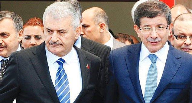 Davutoğlu'na: 'Gidiyorsun Ahmet Bey, ipini çekmişler senin'