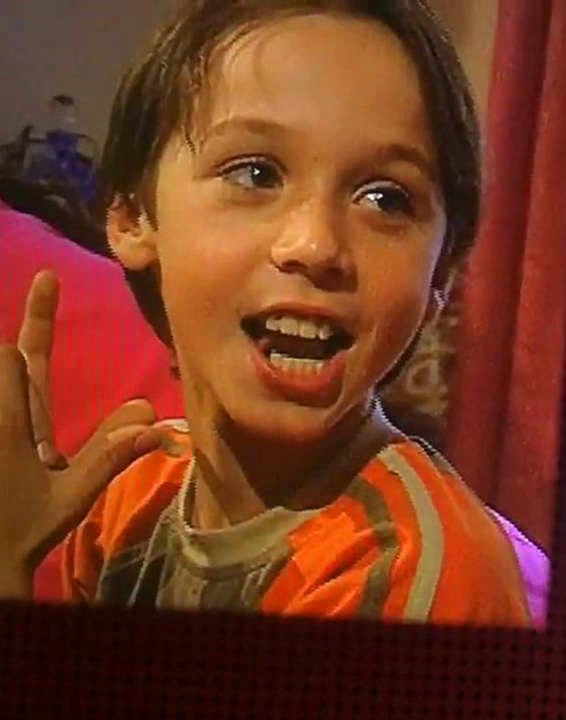 2. Arka Sokaklar henüz 2. sezonundayken 10 yıl sonra da devam edeceğine kimse inanmazdı. Evin küçüğü nereden nereye...