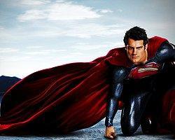 Çok Yönlü, Cesur, Alçak Gönüllü: Superman!