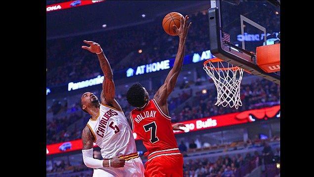 Bulls, play-off umudunu ayakta tuttu