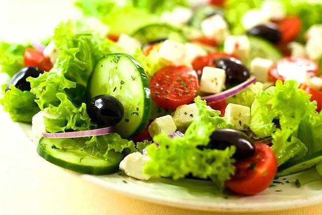 4. Salata: İtalyanca