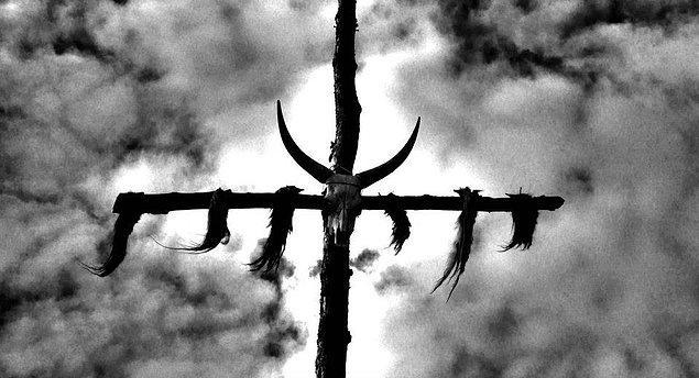 6. Atalarımızın dini Şamanizm-Tengricilik