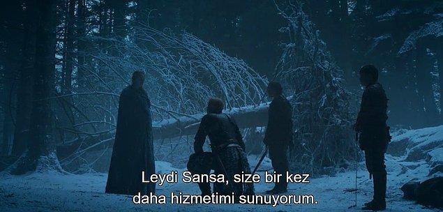 Neyse ki Brienne geldi de kurtardı Sansa'yı tazılardan.