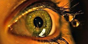 Siz Farkında Olmasanız da Gözbebeklerinizin Dışarıya Verdiği 13 Mesaj