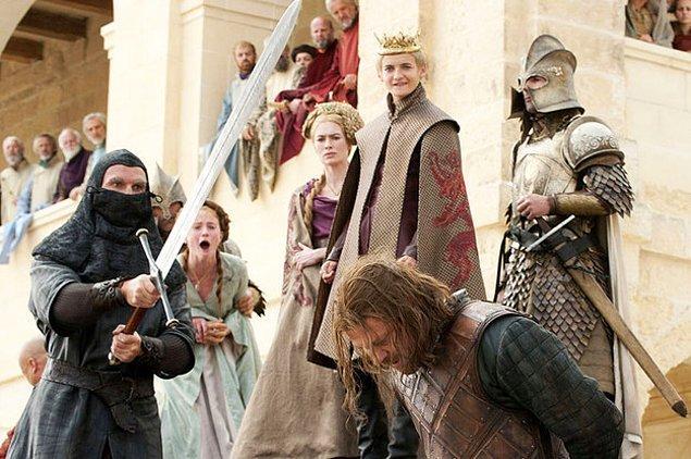 2. Lannisterlar ve Starklar arasındaki düşmanlık