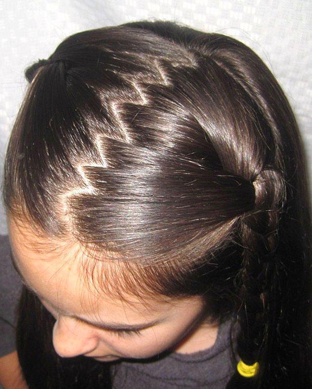 13. Saçı zigzag ayırmak