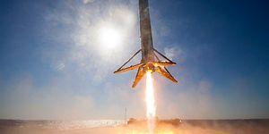 Uzaydan Dönen Falcon 9 Roketinin Başarılı İnişini 360 Derece Olarak İzleyin!