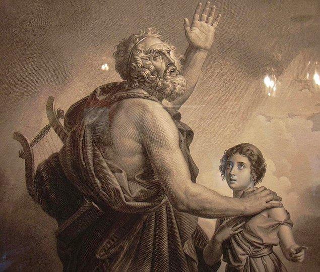 3. Ünlü Antik Yunan filozoflarından bazıları İzmir'de yaşamıştır.