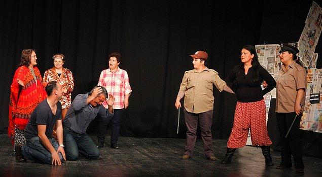 8. Bademler Köyü, Türkiye'de tiyatro bulunan tek köydür. 80. yaşını deviren tiyatro hala faaliyetlerine devam etmektedir.