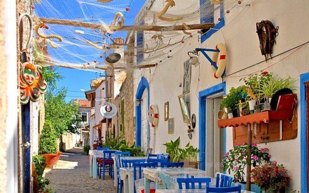 11. Türk ve Yunan Kültürleriyle Ayvalık