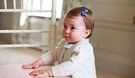 İngiltere Sarayı'ndan İlk Bebek Fotoğrafları Geldi: Kraliyet'in En Minik Üyesi Prenses Charlotte!