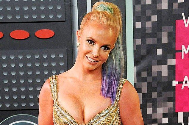 22. Britney Spears - 10.6 Milyon Dolar