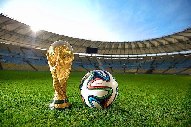 Yeni formatla turnuvaya ev sahipliği yapacak ülkeyi FIFA'ya bağlı 209 ülkenin oyları belirleyecek