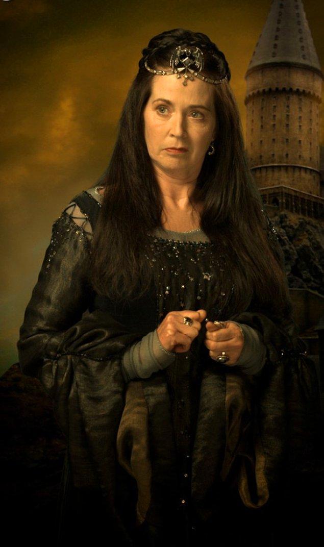 Rowena Ravenclaw.